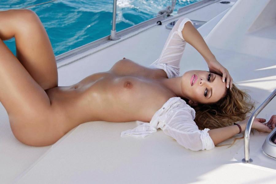 Aline Hernandez playboy (23)