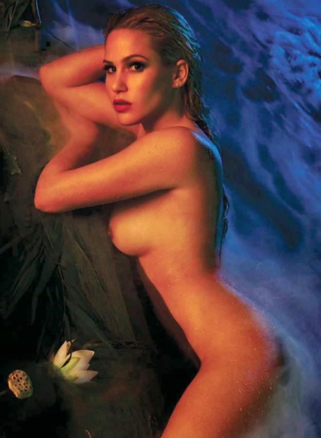 Angelina Heger Playboy (9)