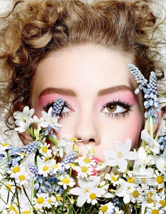 Ondria Hardin Enjoys 'The Scent Of Flowers' By Richard Burbridge For Vogue Japan March 2015