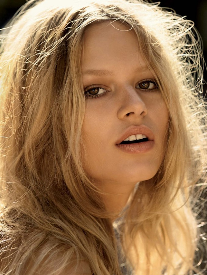anna-ewers-camilla-akrans-vogue-germany-march-2015-16