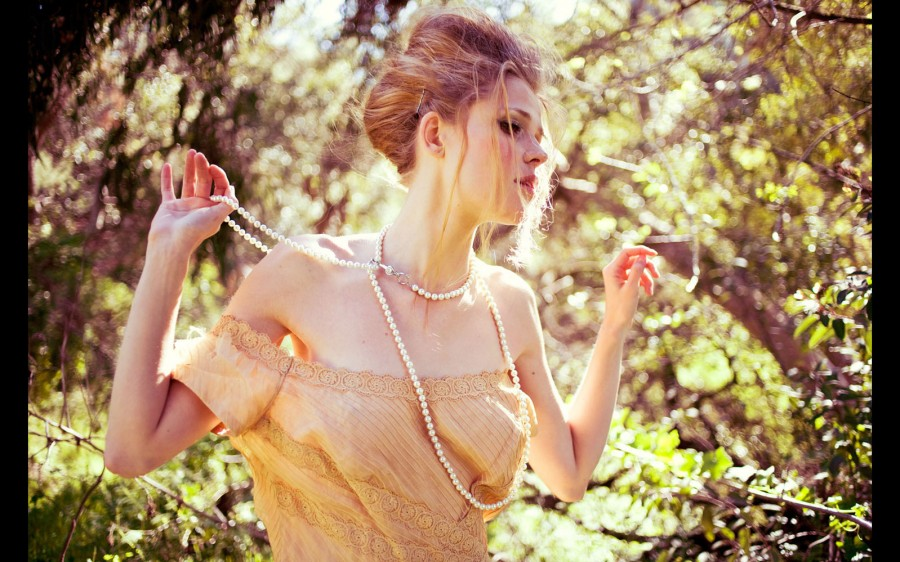 Bambi-Magazine-fashion-beauty-photography_50f735e0ad26b