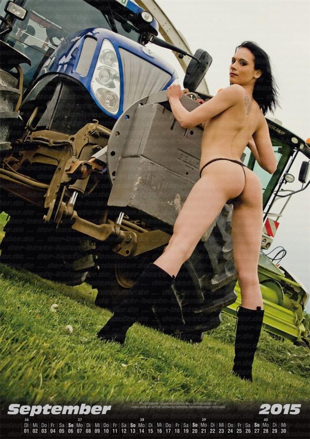 Land maschinen - Official Erotic Calendar 2015