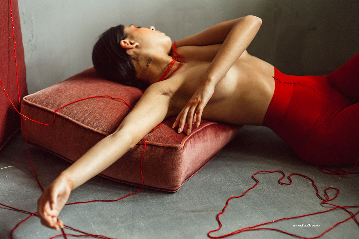 Thin Red Line / фото Anna ElleStudio
