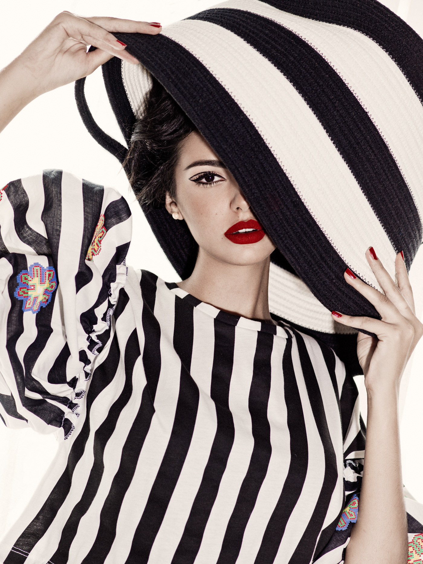 Lines and Circles / фото Elena Iv-skaya, модель Mélanie Telegone