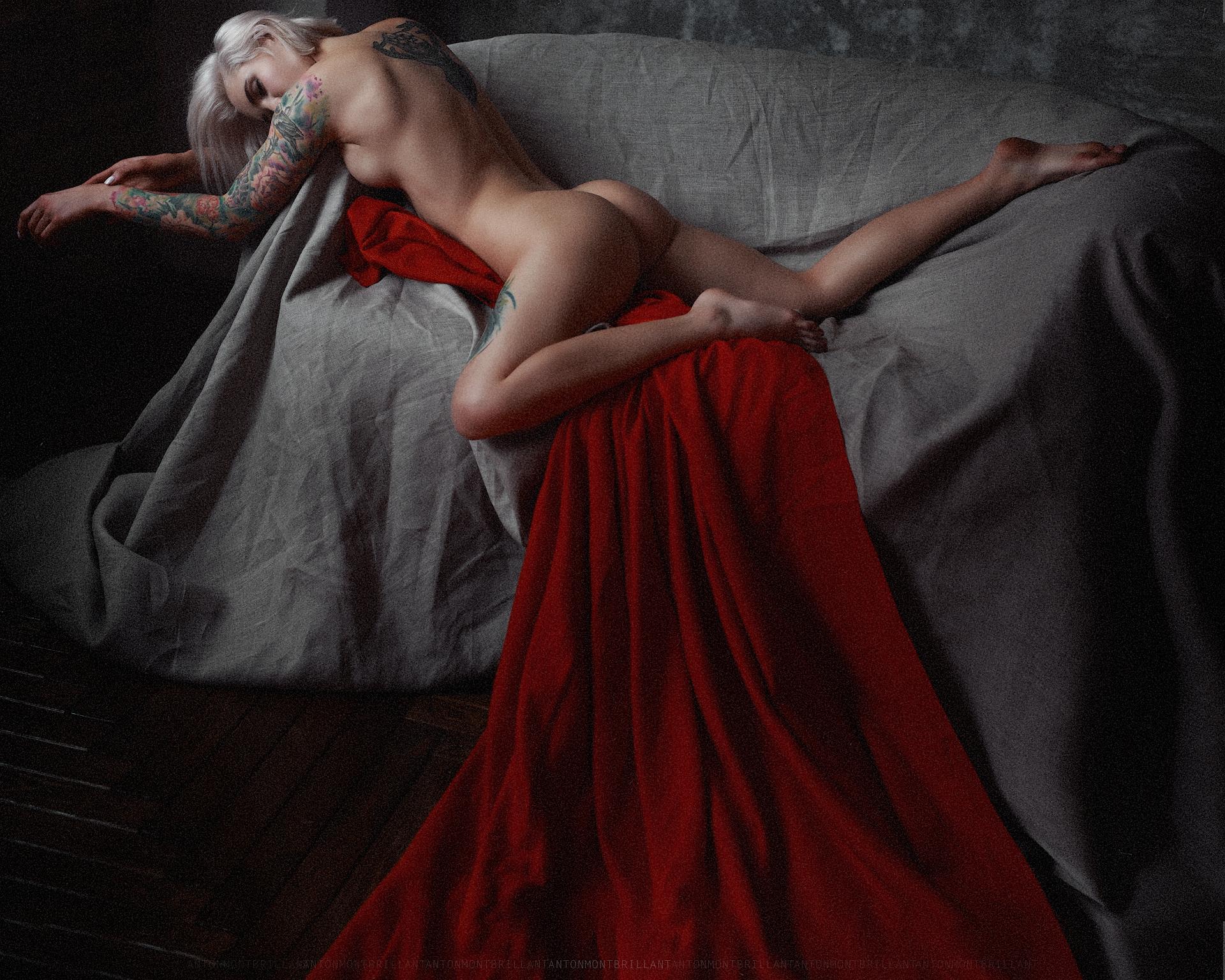 Под темным покровом / фото Anton Montbrillant