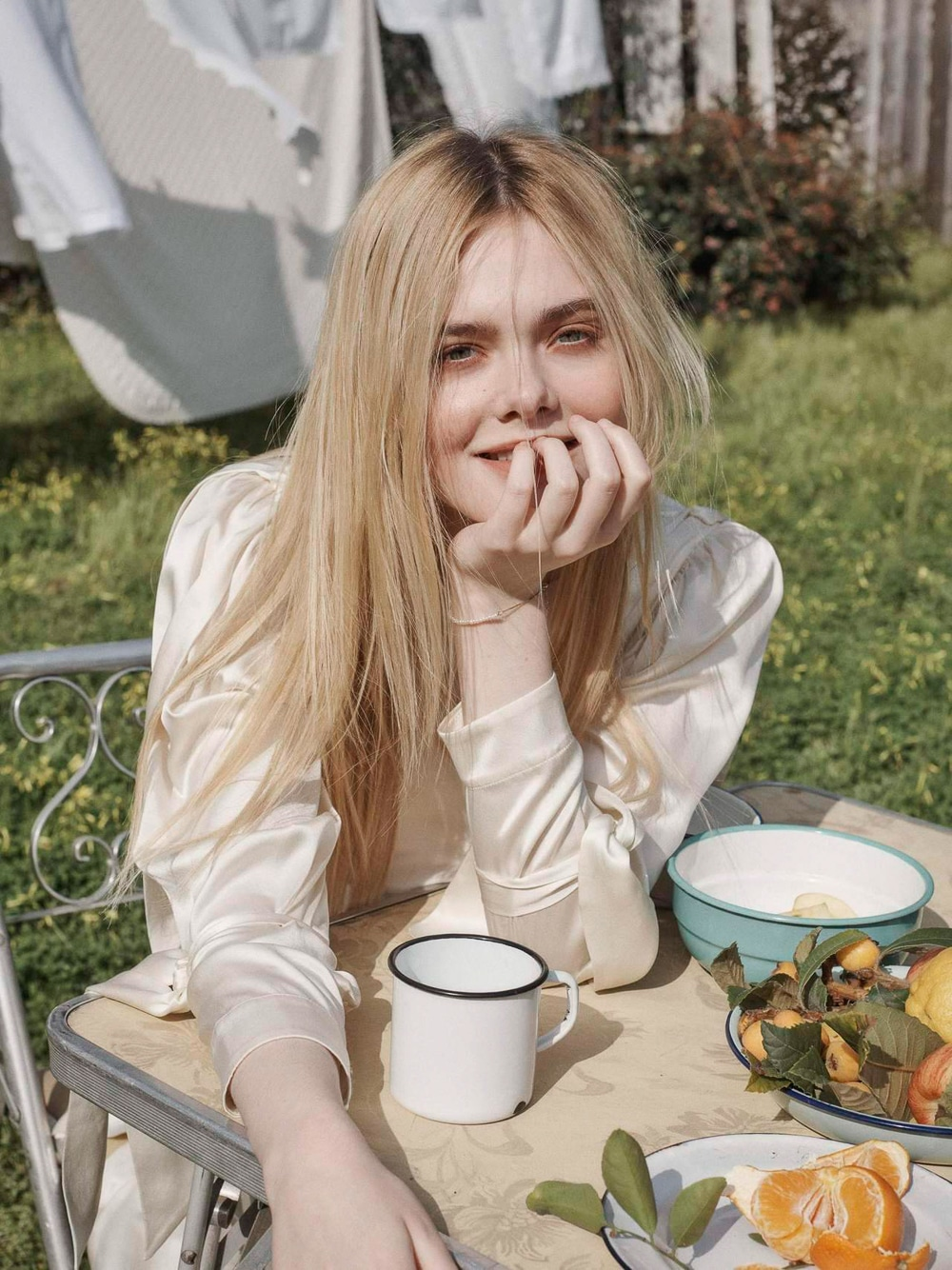 Белоснежка Elle Fanning by Benny Horne for Porter Magazine May 2018