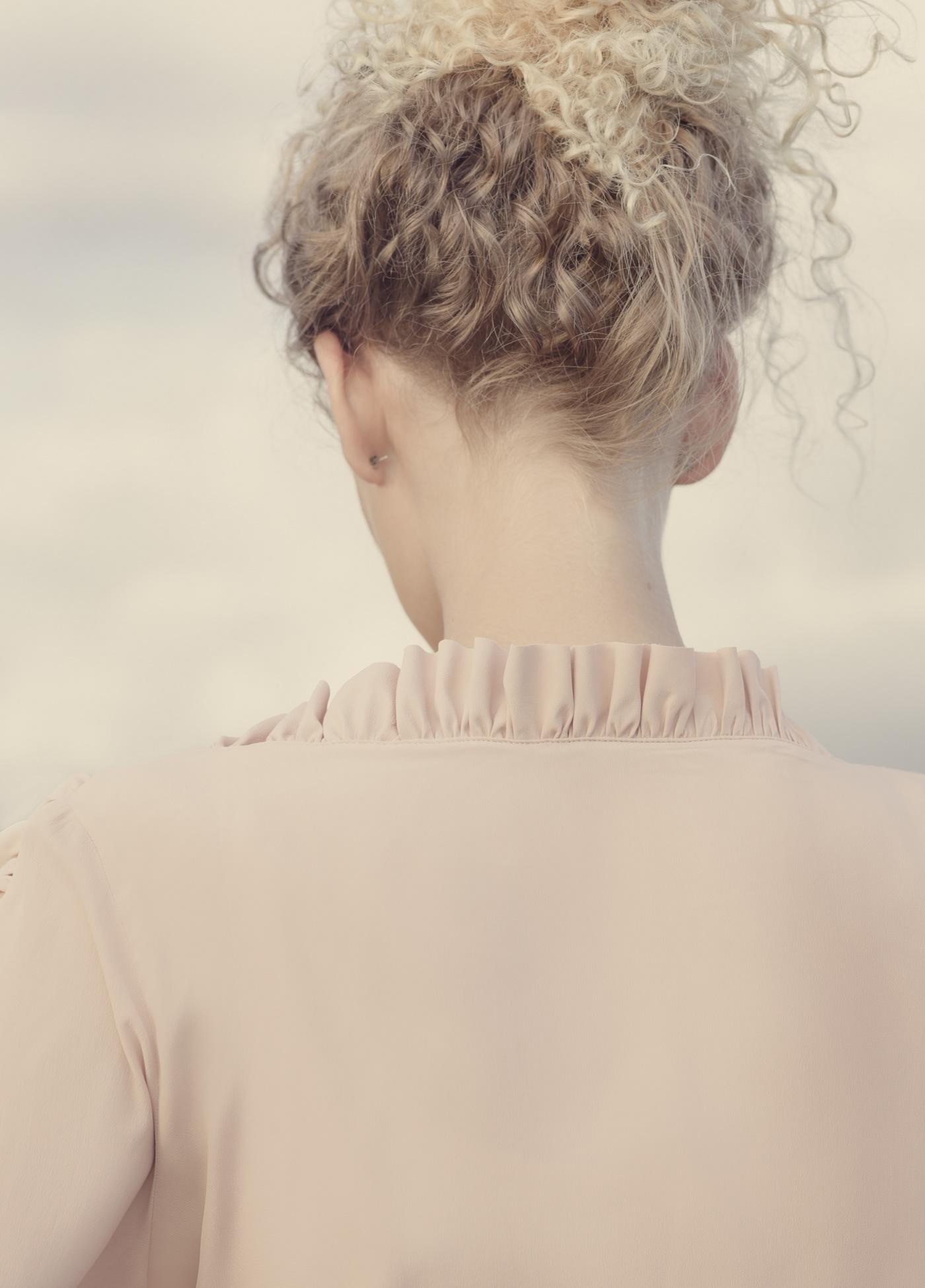 Valérie Vialo в фотосессии L'AIR DU TEMPS / фото Elena Iv-skaya