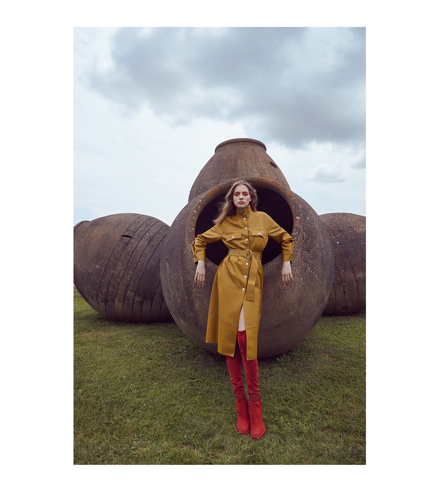 Lofficiel Magazine / фото Danil Golovkin