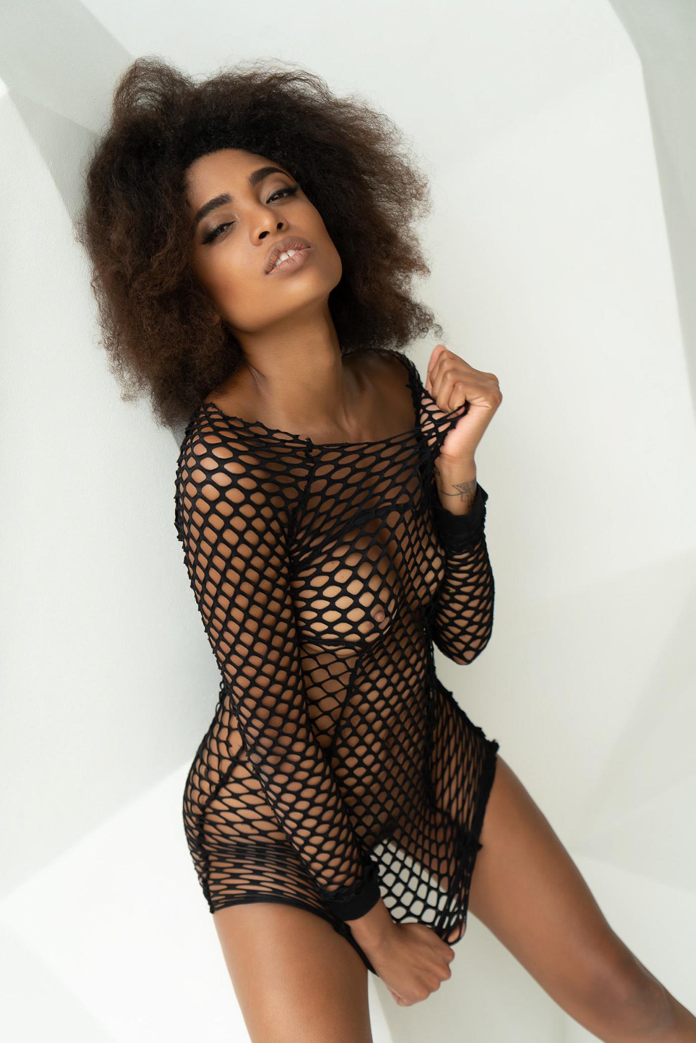 Девушка месяца Playboy CZ 2018 Aug Playmate Luna Corazon