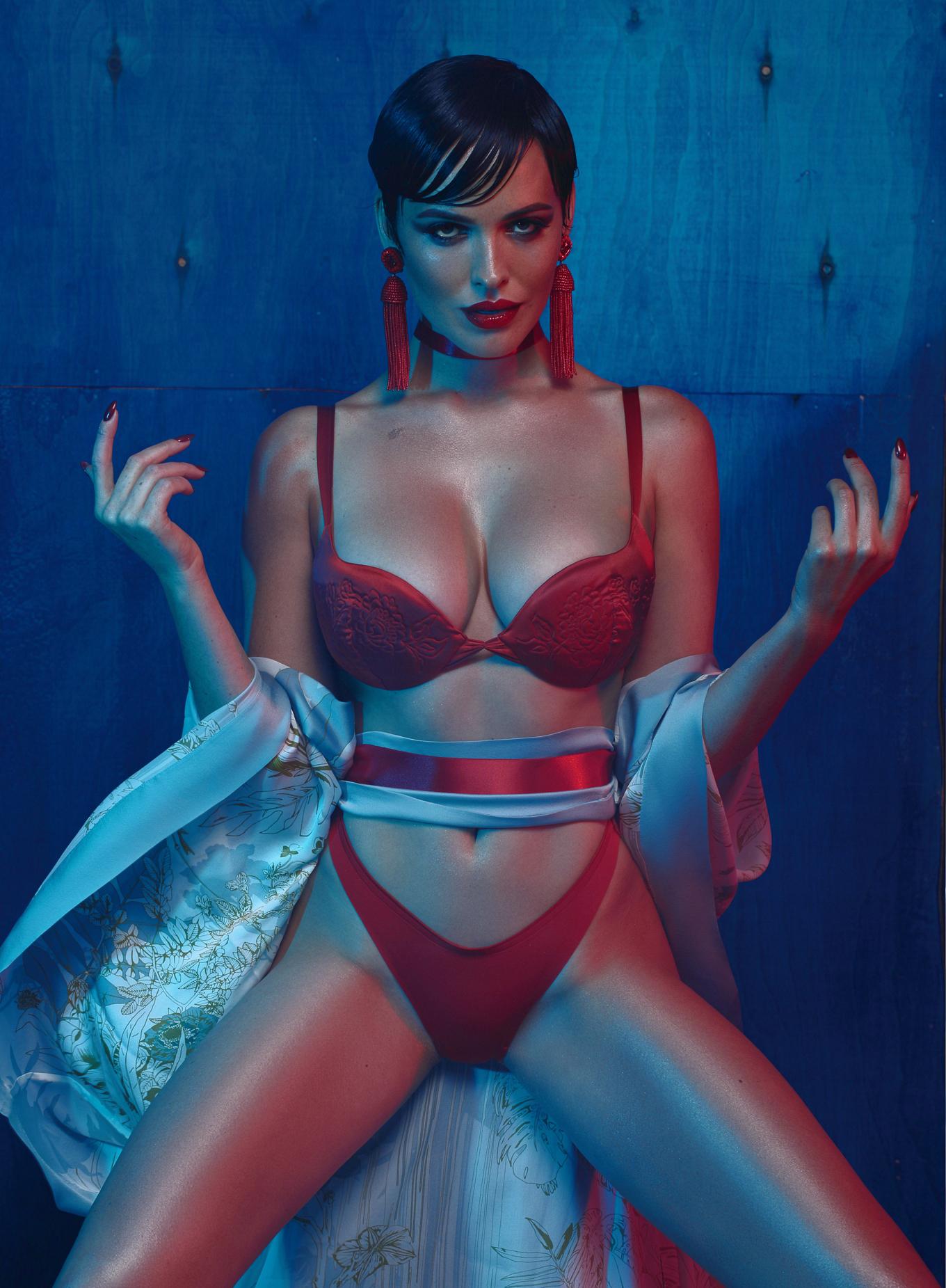 Dasha Astafieva for XXL Ukraine November 16 | Даша Астафьева