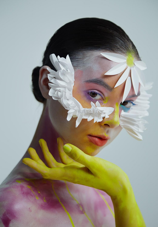 бумажная корона / фотограф Ilona D.Veresk