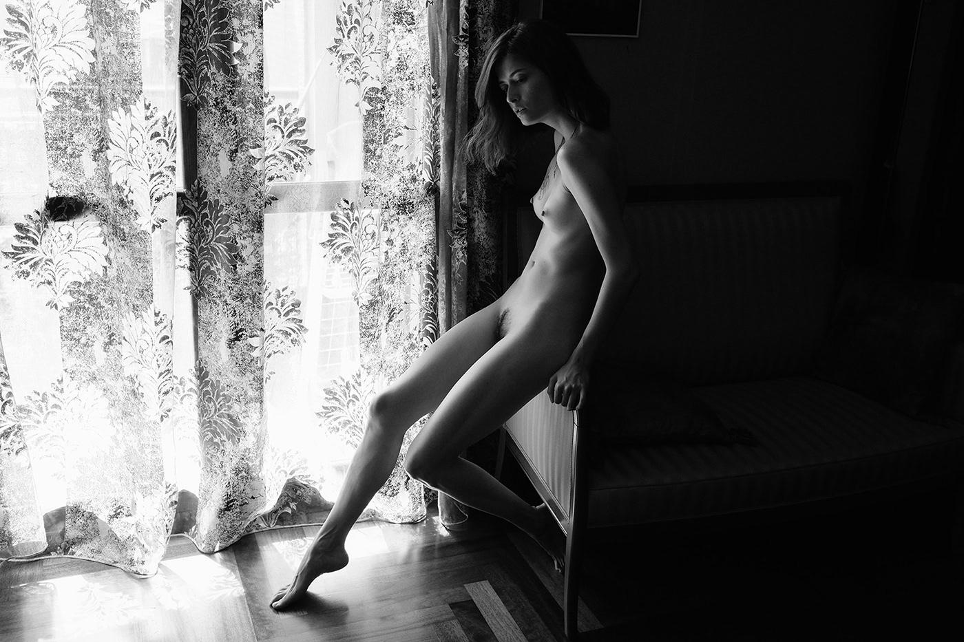 Nina Sever for Osphilia / фотограф Adolfo Valente