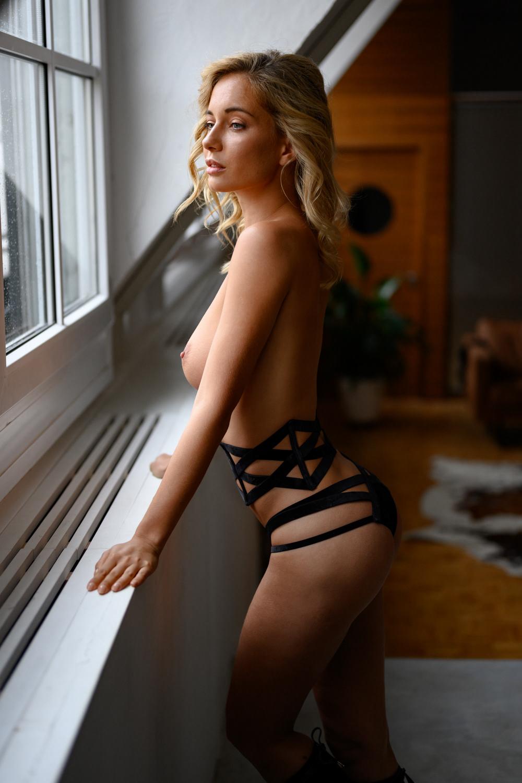 nude Natali Andreeva / фото Jörg Steffens
