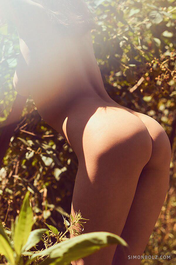 Forbidden Fruits / модель Мария Демина фотограф Simon Bolz