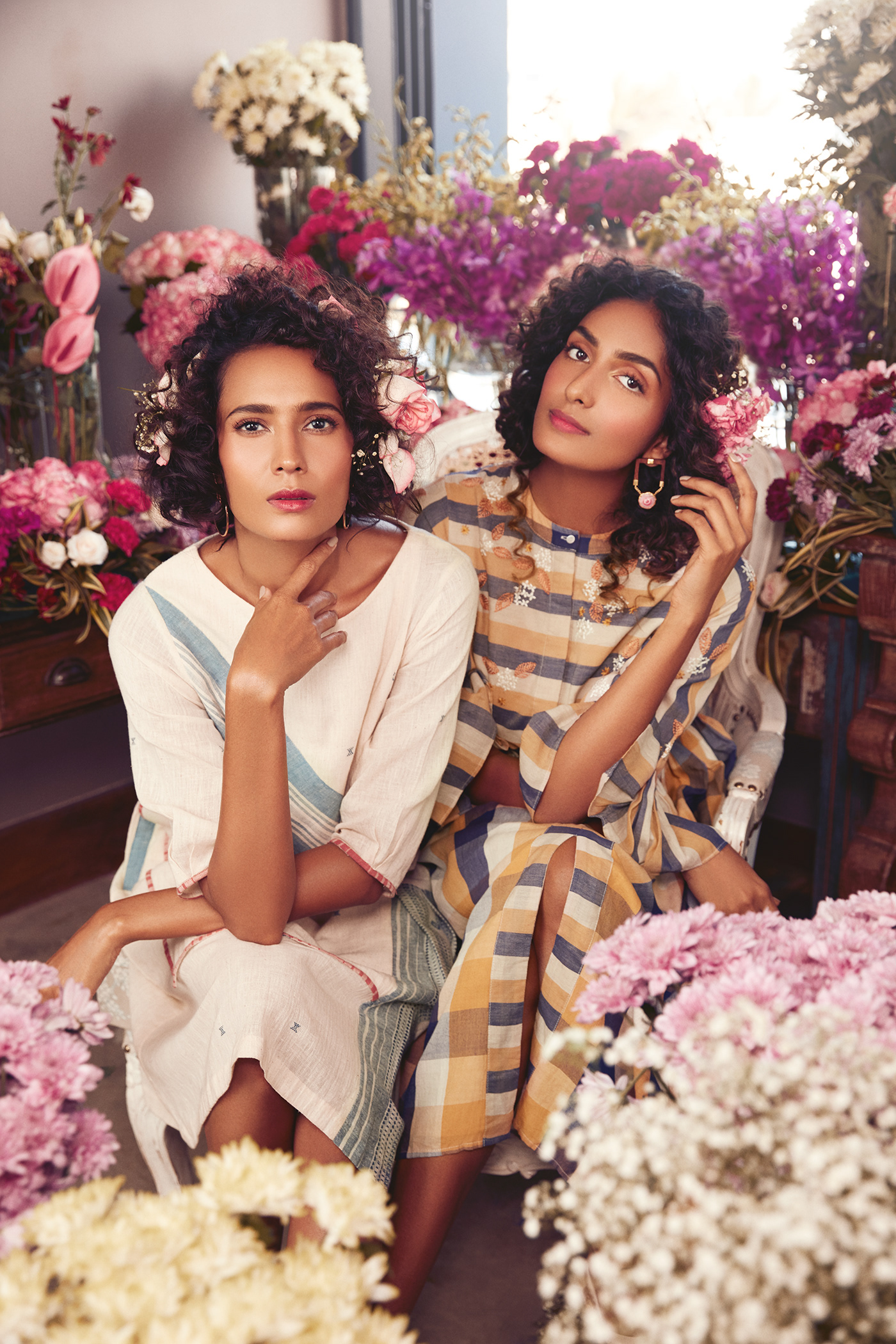Campaign for Pernia's Pop-up Show Spring /Summer 19 / фото Shirin Salwan