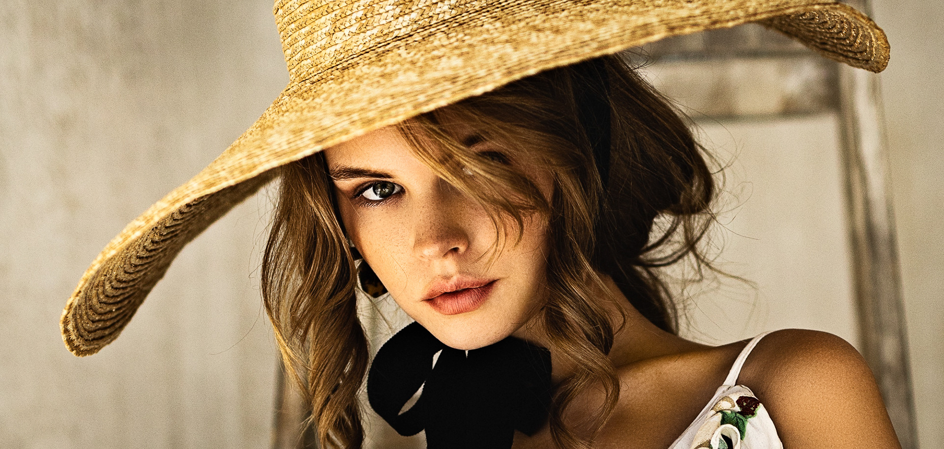 Le Chapeau / модель Анастасия Щеглова фото Jona Temper