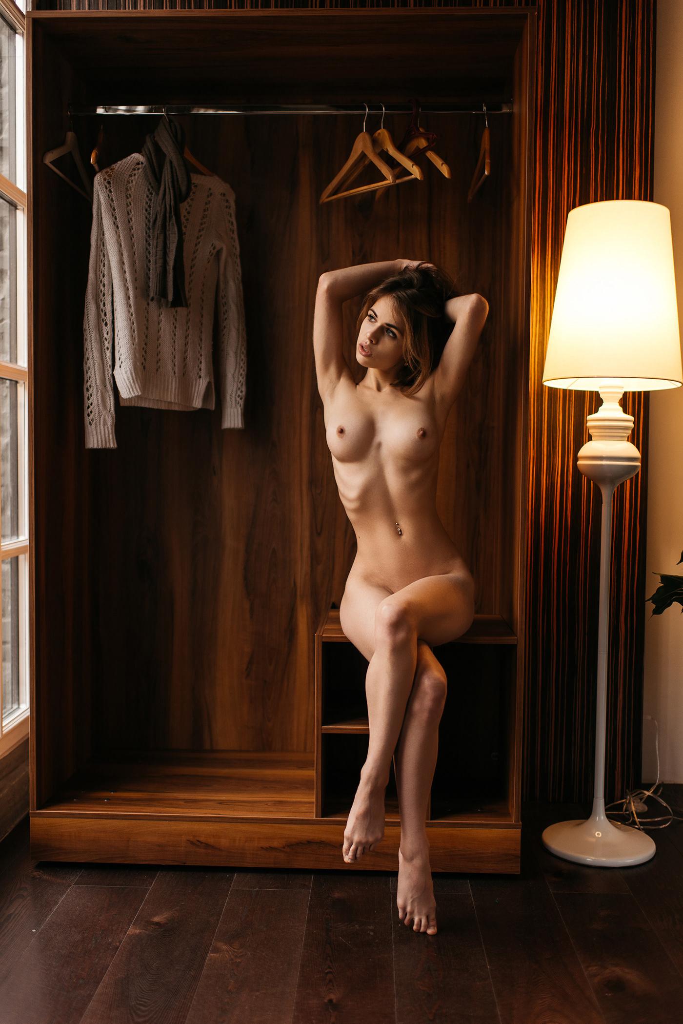 Wardrobe / фотограф Дмитрий Бугаенко Dmitriy Bugaenko - модель Александра Смелова
