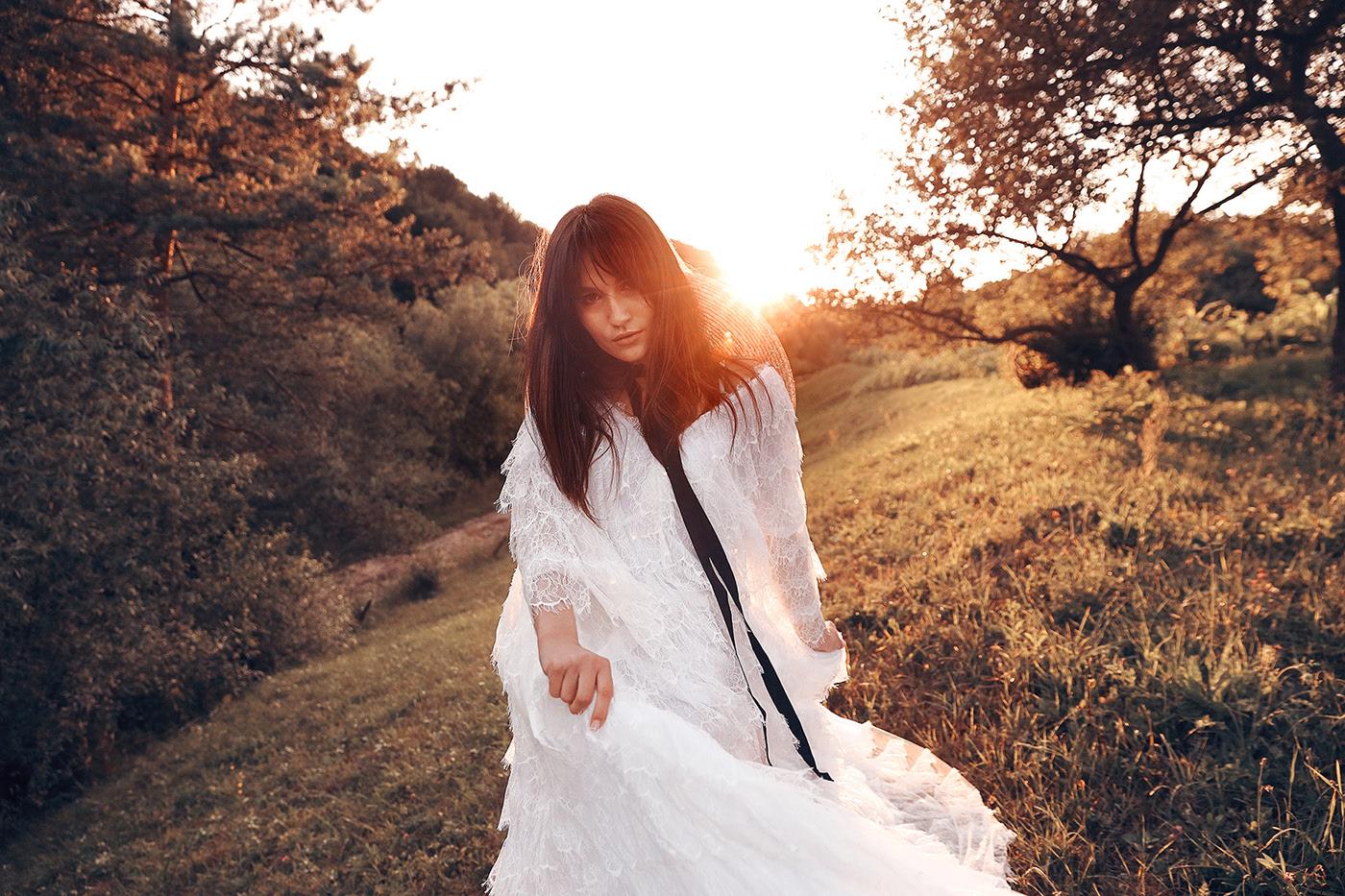 В белом платье / фотограф Jaroslav Monchak