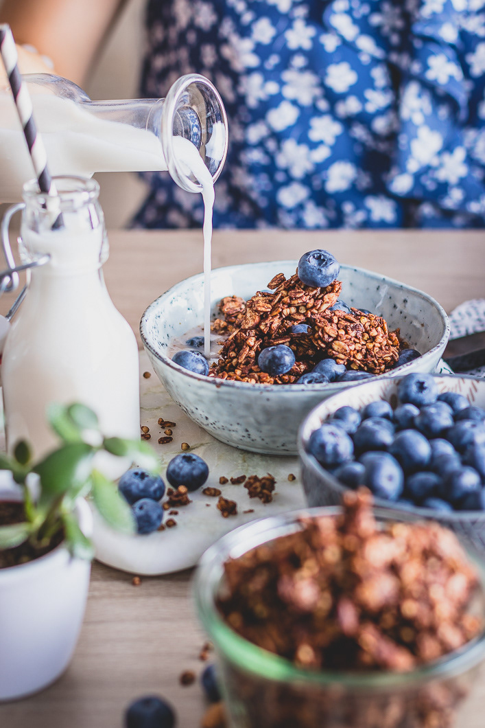 Chocolate Granola / фото Amalija Andersone