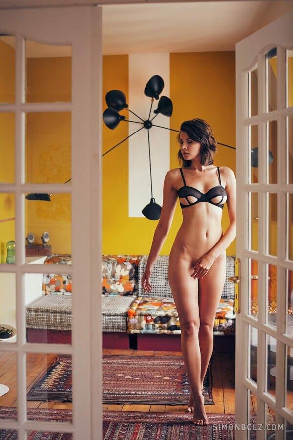 Ольга в Париже / фотограф Simon Bolz