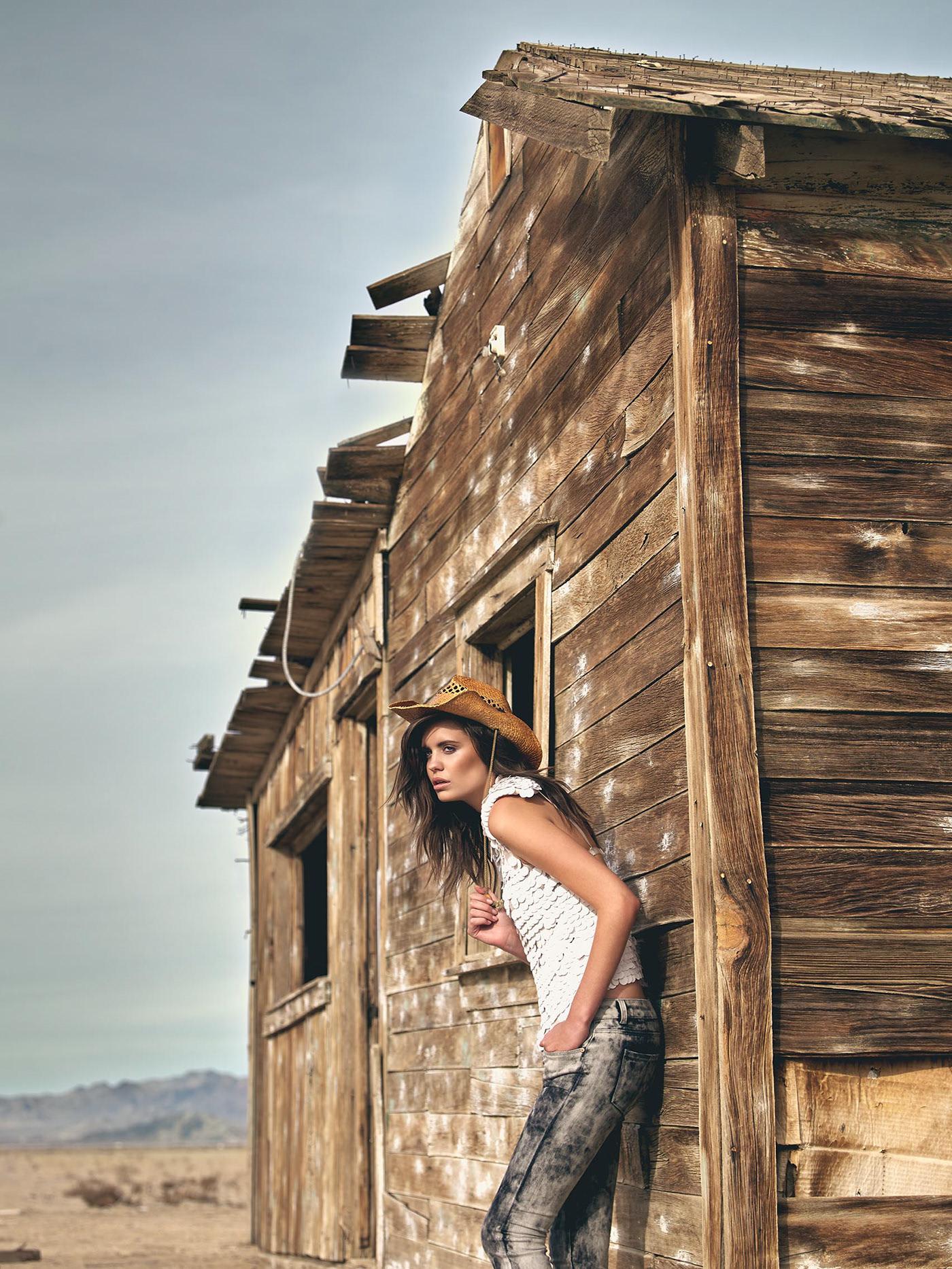 Desert Story / фотограф Henrik Adamsen