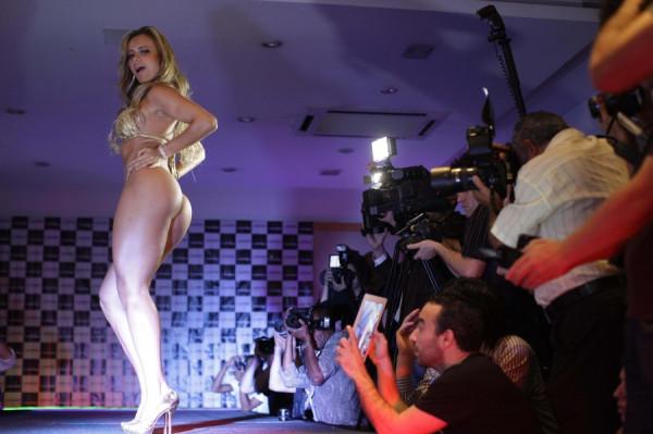 Brazil-Miss-Derriere-2-