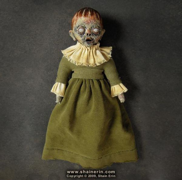 creepy_dolls_20