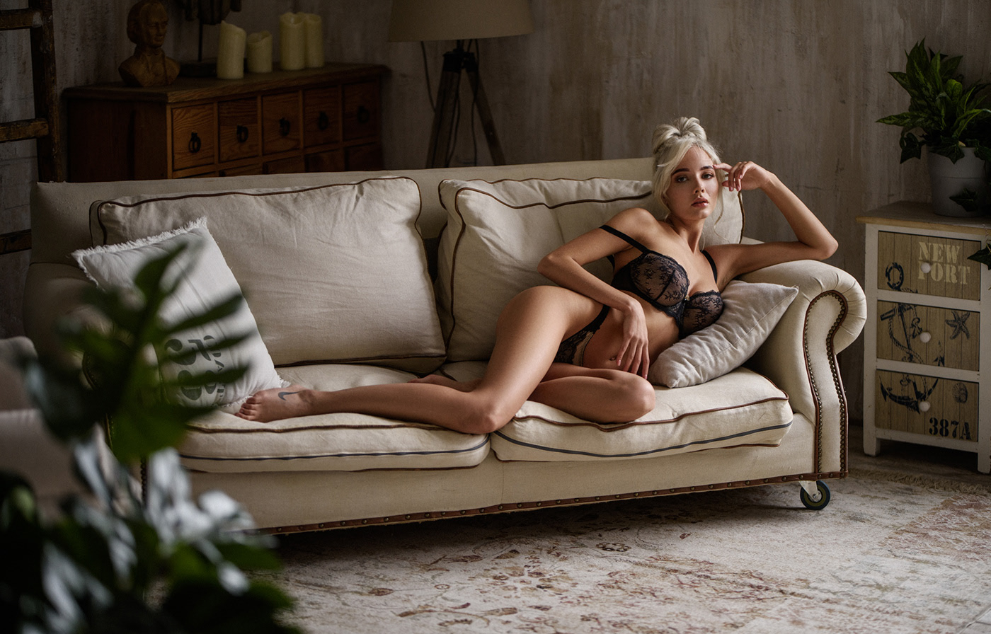 Private Audition / фотограф Sacha Leyendecker модель Катя Ширяева