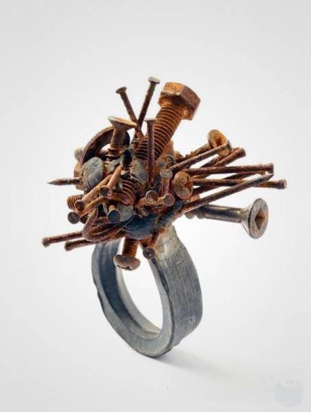 необычное_кольцо