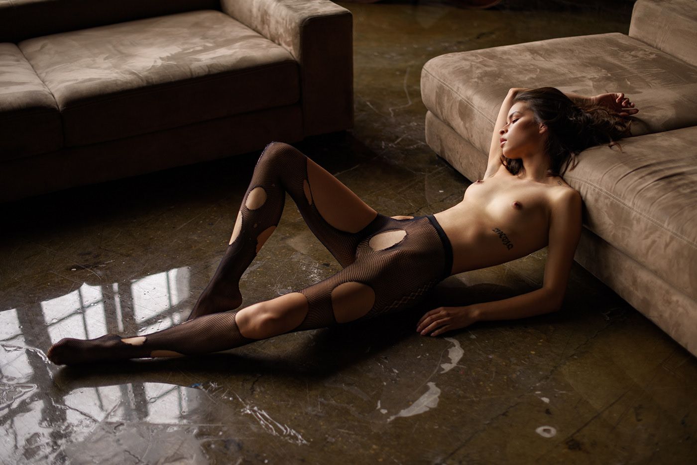 Velvet & Nylon / фотограф Sacha Leyendecker