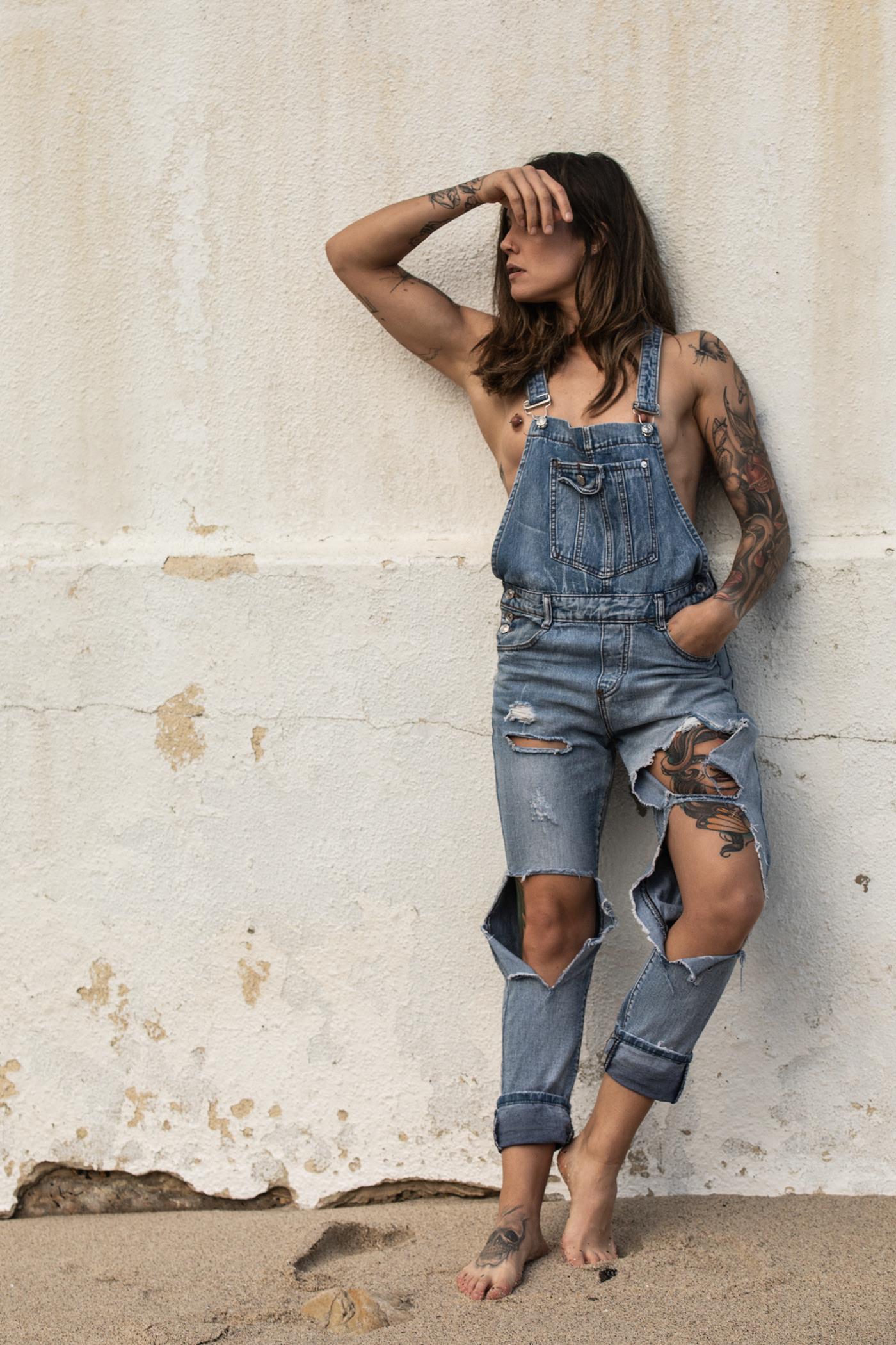 Dungarees, Denim & Tattoos / фотограф Gary Huddlestone