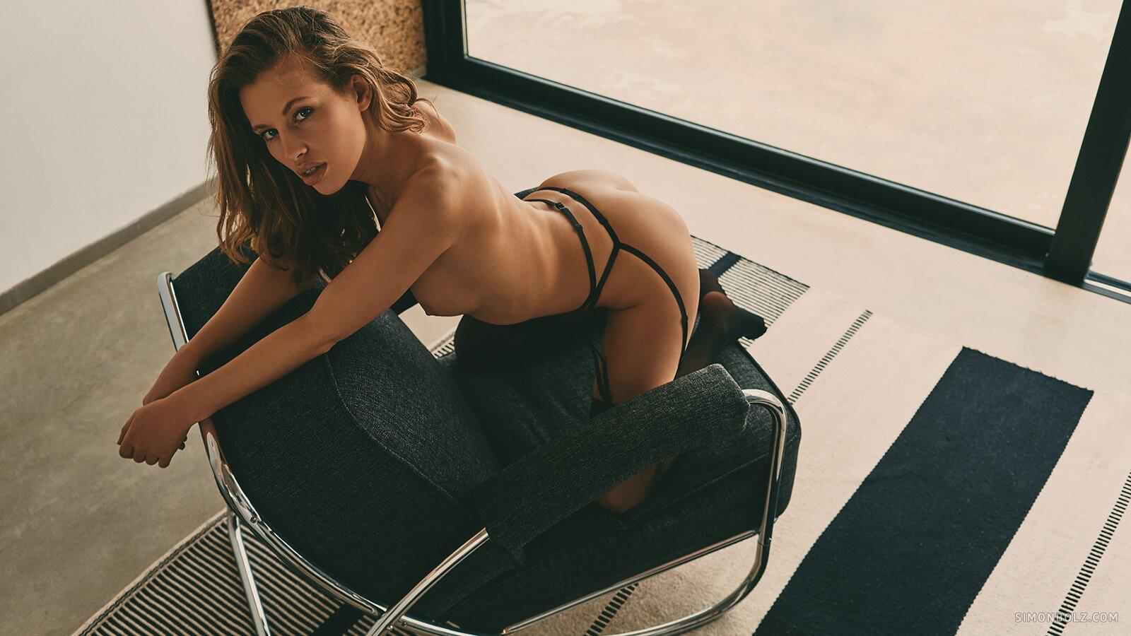 Katia / Photographed by Simon Bolz