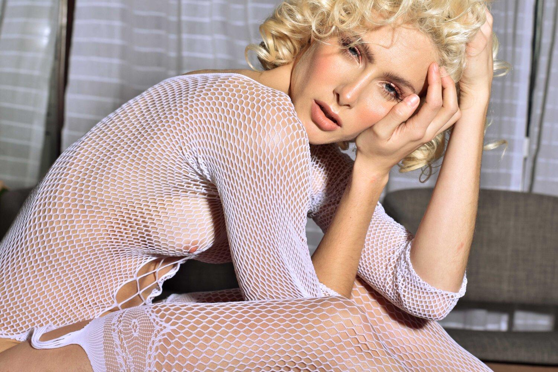 Photographer Mao Collazos / Model Paulina Molinari