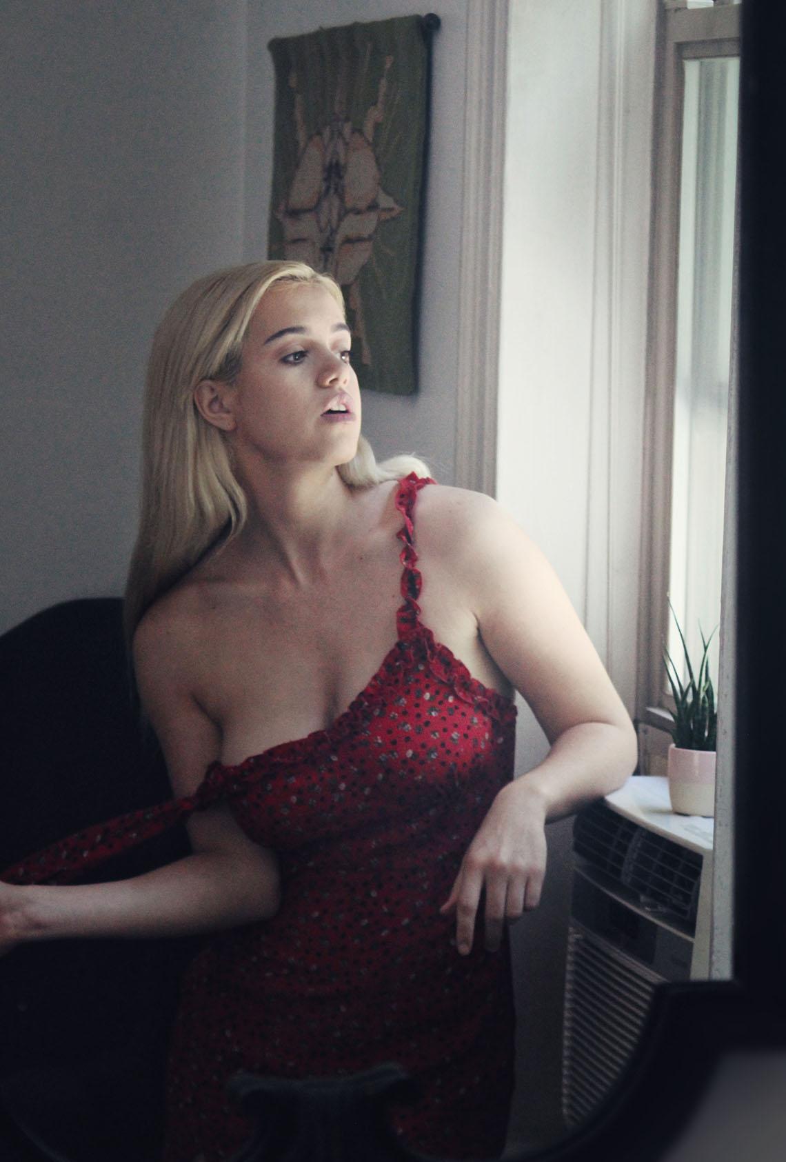 photographer Tim Goodwin / model Peach Kennedy