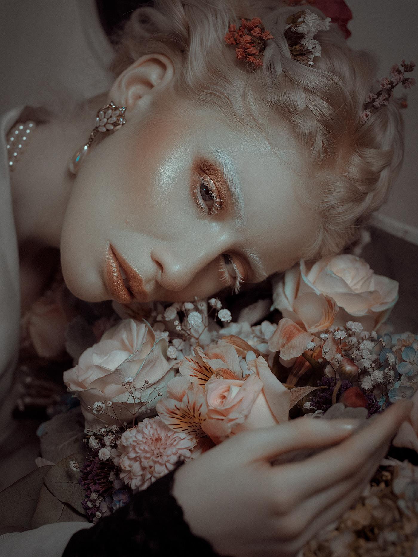 Pale lady / фотограф Rebeca Saray