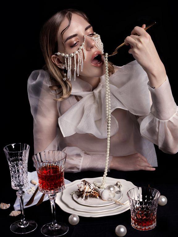 Dinner Alone / фотограф Undalova Svetlana