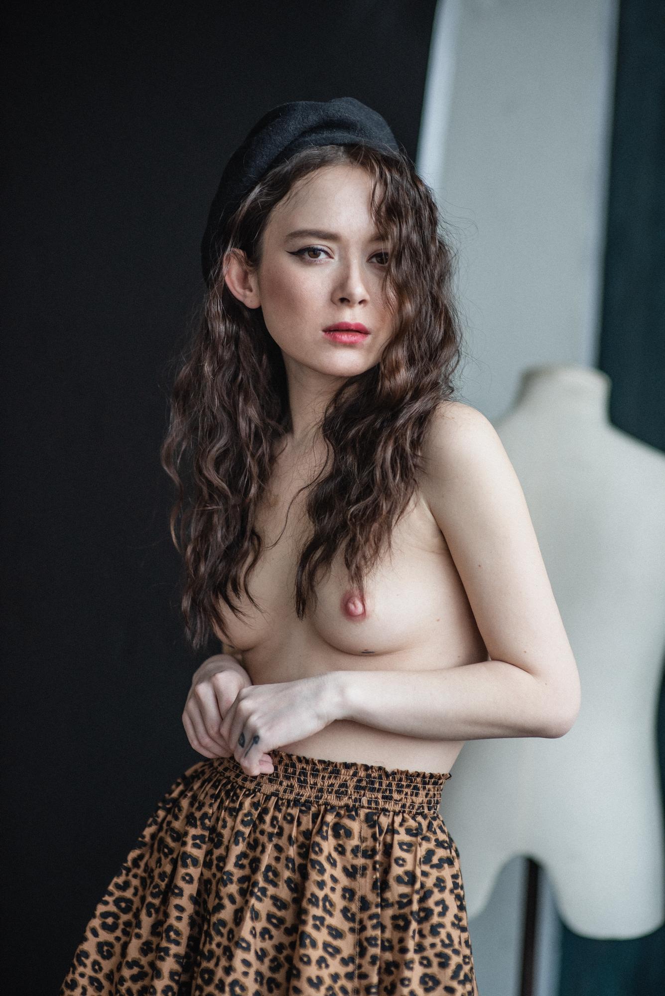 Леопардовая юбочка / фотограф Satin Popalam