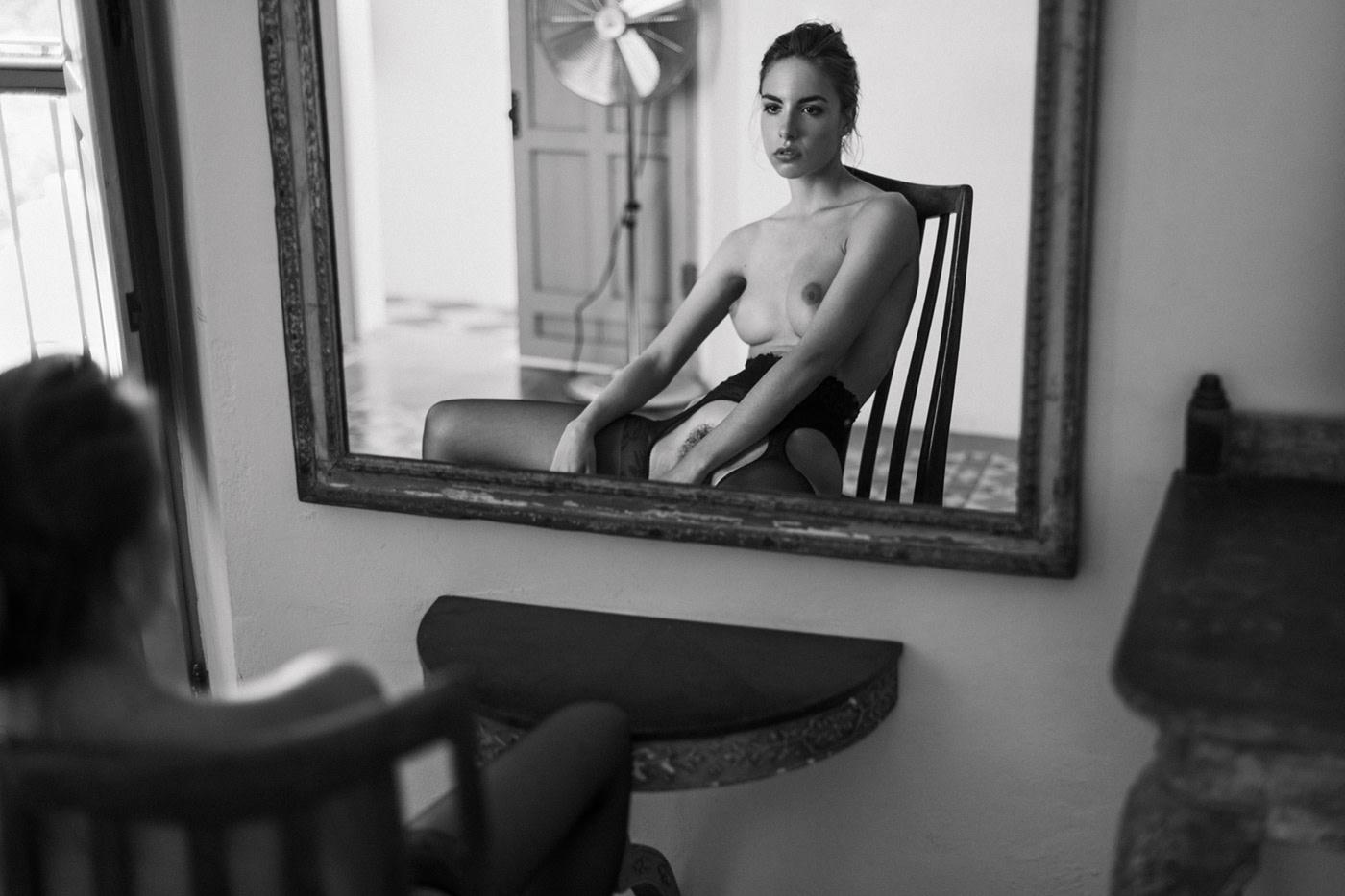 Mirror on the wall / Model Rebecca Bagnol - Photo Sacha Leyendecker