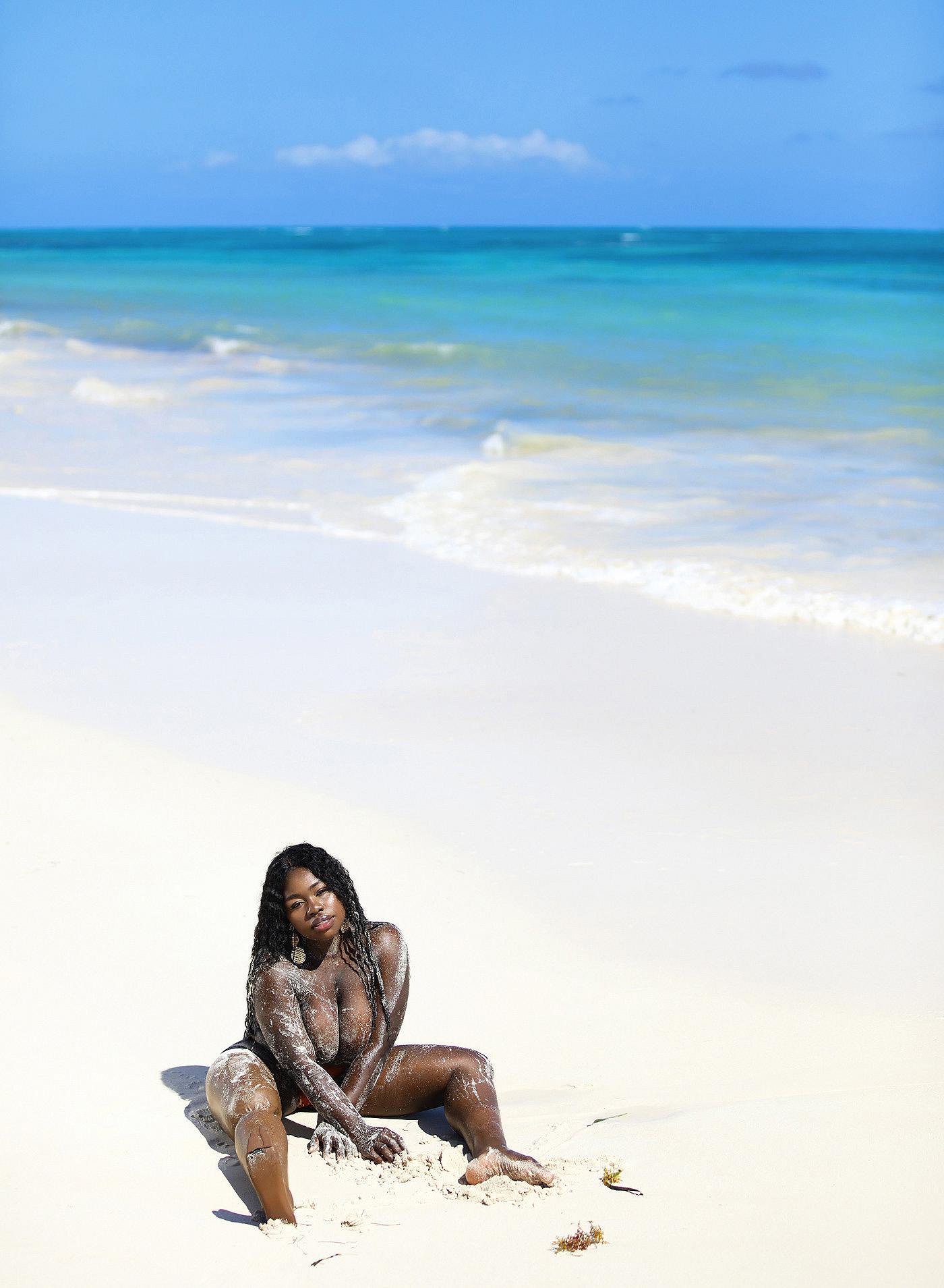Model Marsha Elle - Photographer Ana Dias /  Playboy Croatia April 2020
