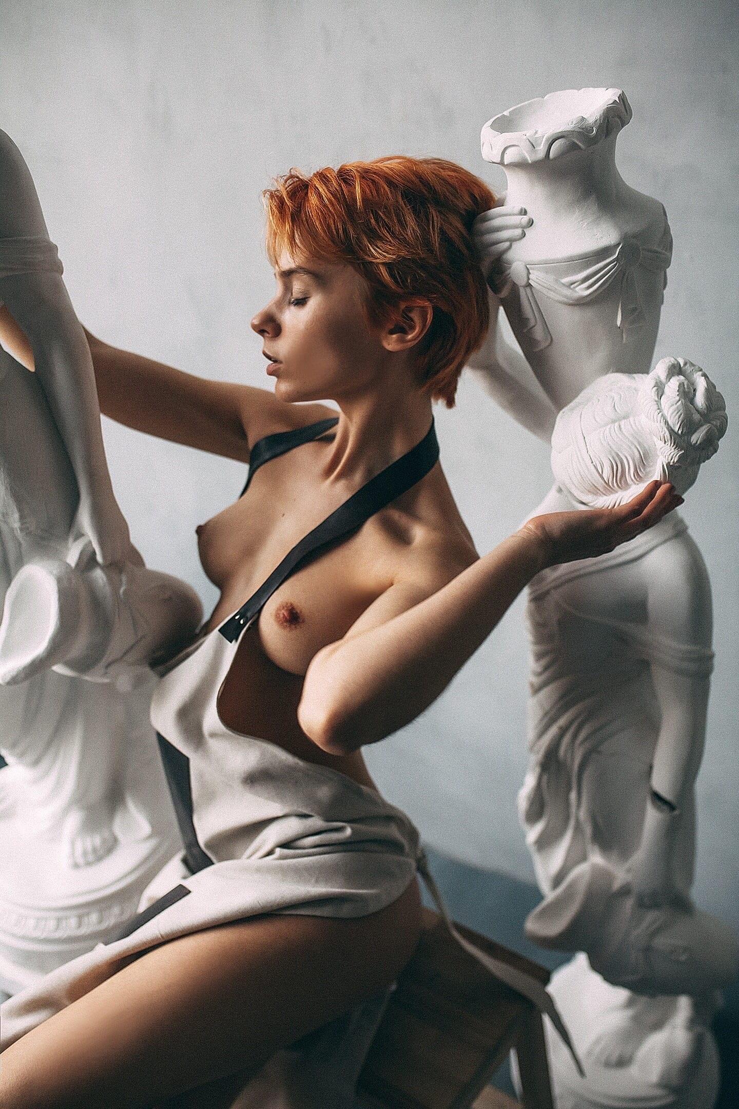 Marta Gromova by Roma Roma