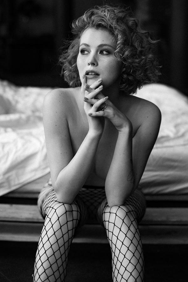 Model Heidi Rom / Photo Sacha Leyendecker