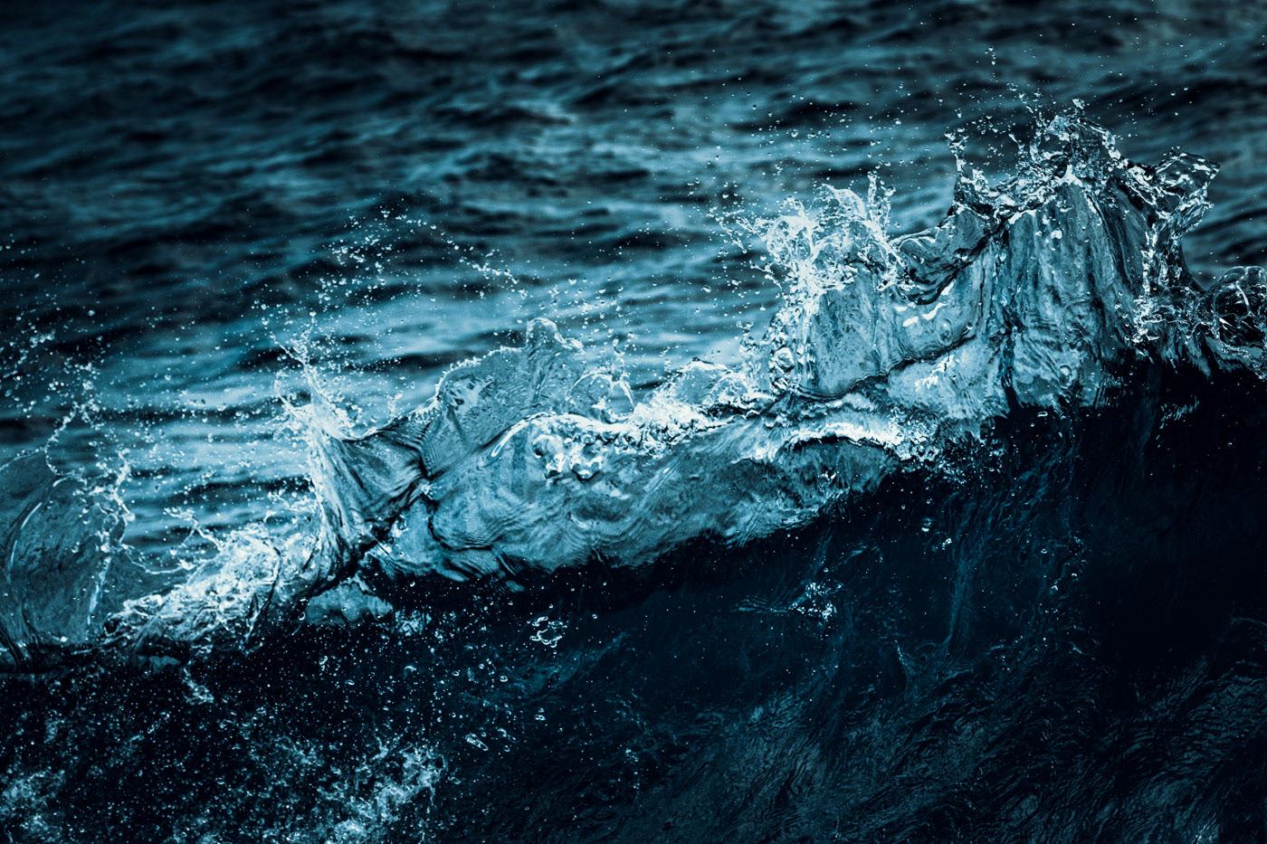 OCEAN BLUES – Drake Passage