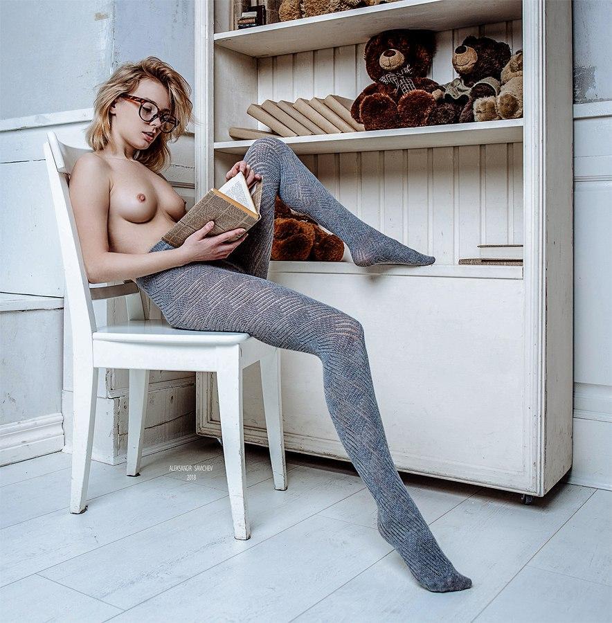 Model Marta Gromova / Photographer Aleksandr Sergeevich (Savichev)