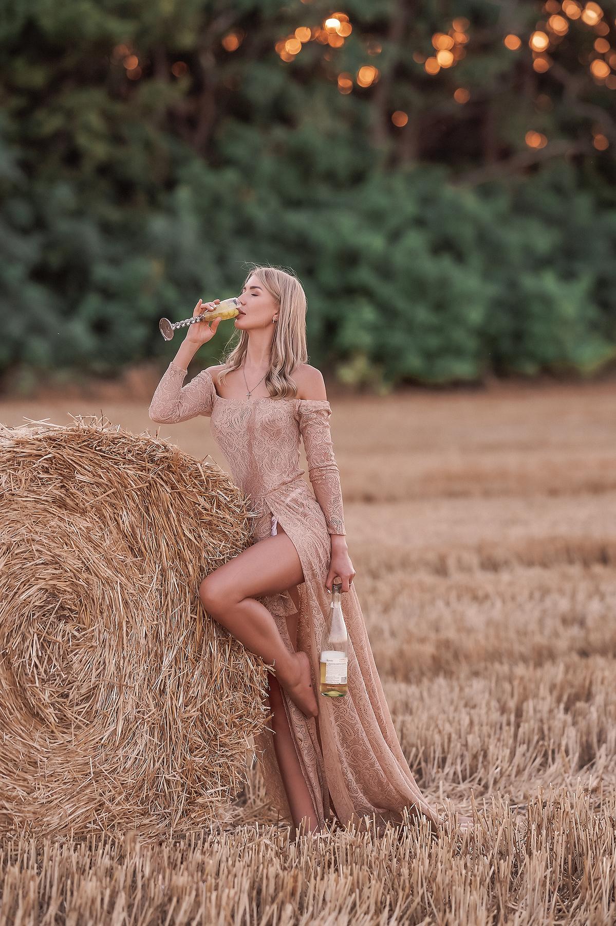 Сухая трава / фото Photographyzp Yana
