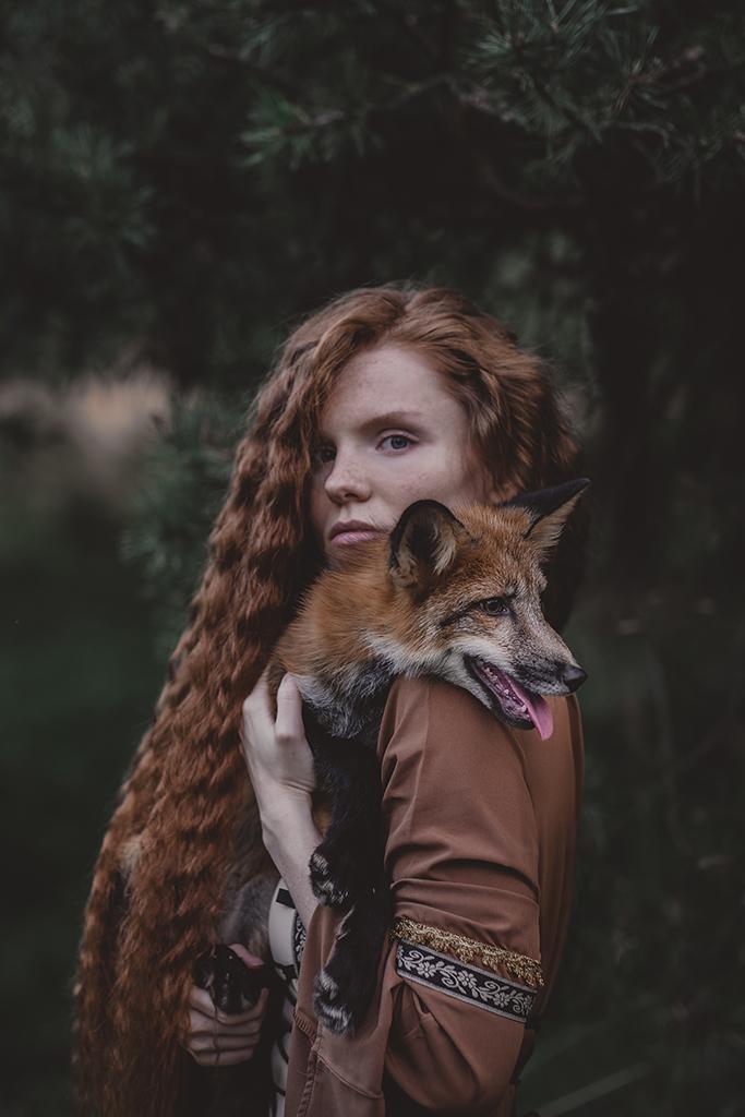 Дарья и лиса Леся / фотограф Ольга Баранцева