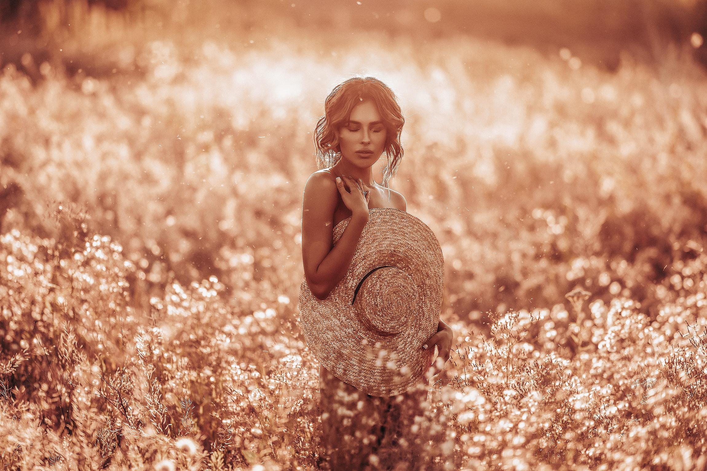 Девушка в поле / Photographyzp Yana