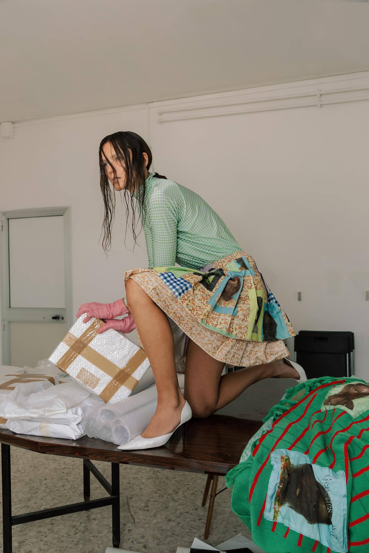 Dangerous Unpacking for PAP MAGAZINE