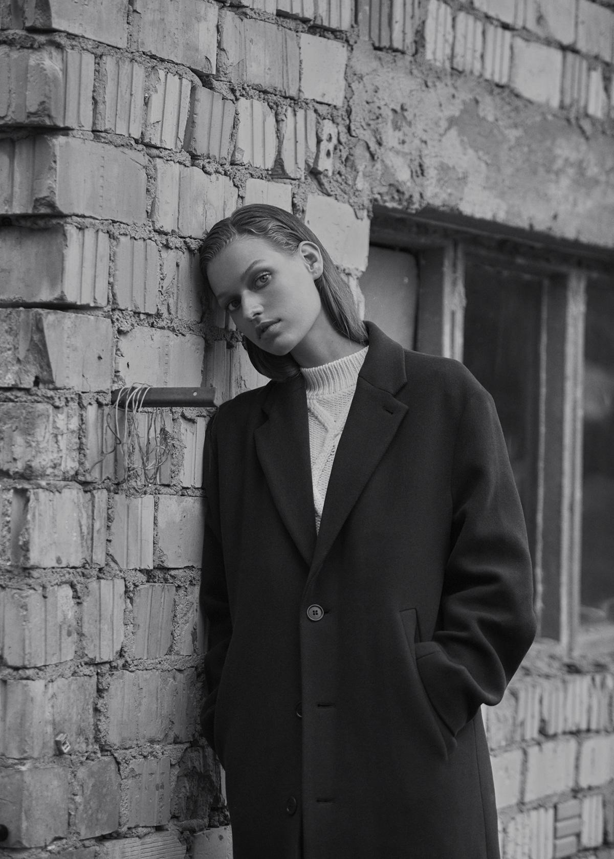 Cosima Fritz for Vogue Czechoslovakia / фотограф Marie Schmidt