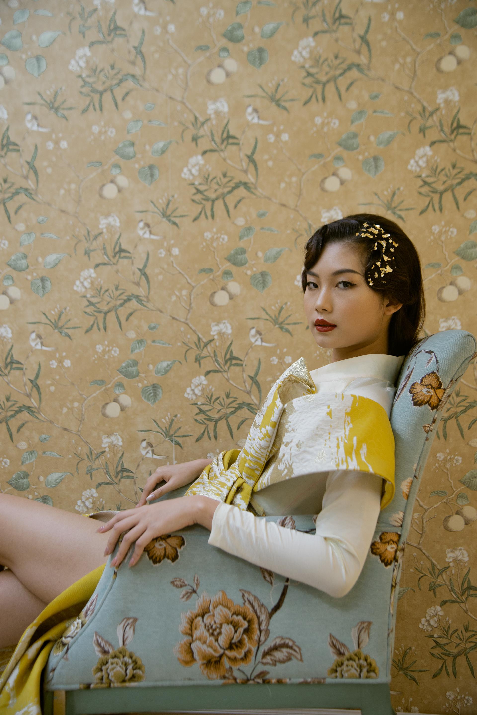 GOLDEN / N.O.M Makeup Artist
