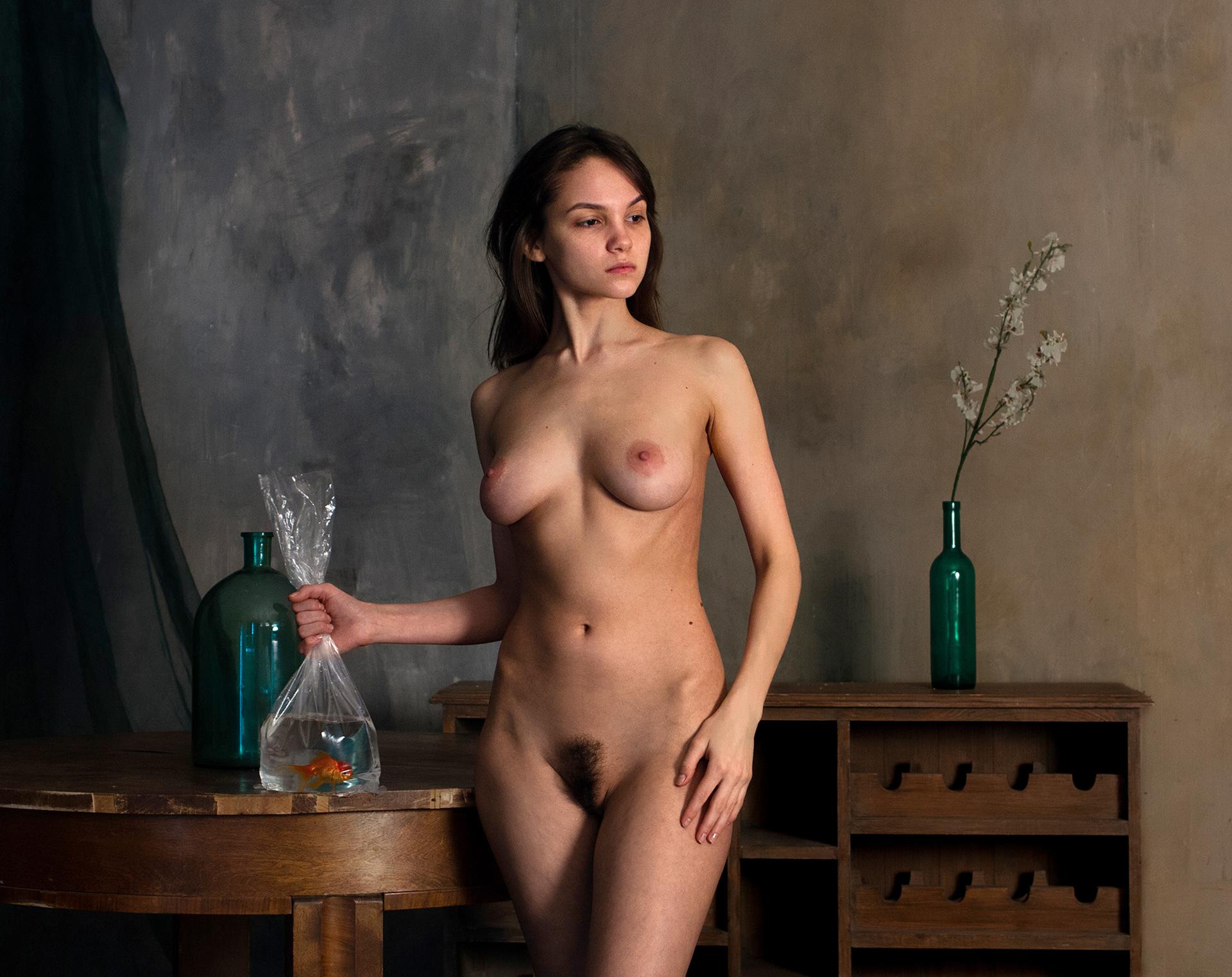 Nude with golden fish Мария Демина и золотая рыбка / фотограф Родислав Дрибен